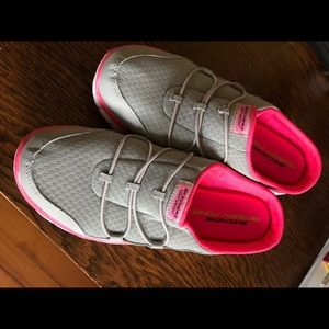 Sketchers grey/pink slide sneakers size9